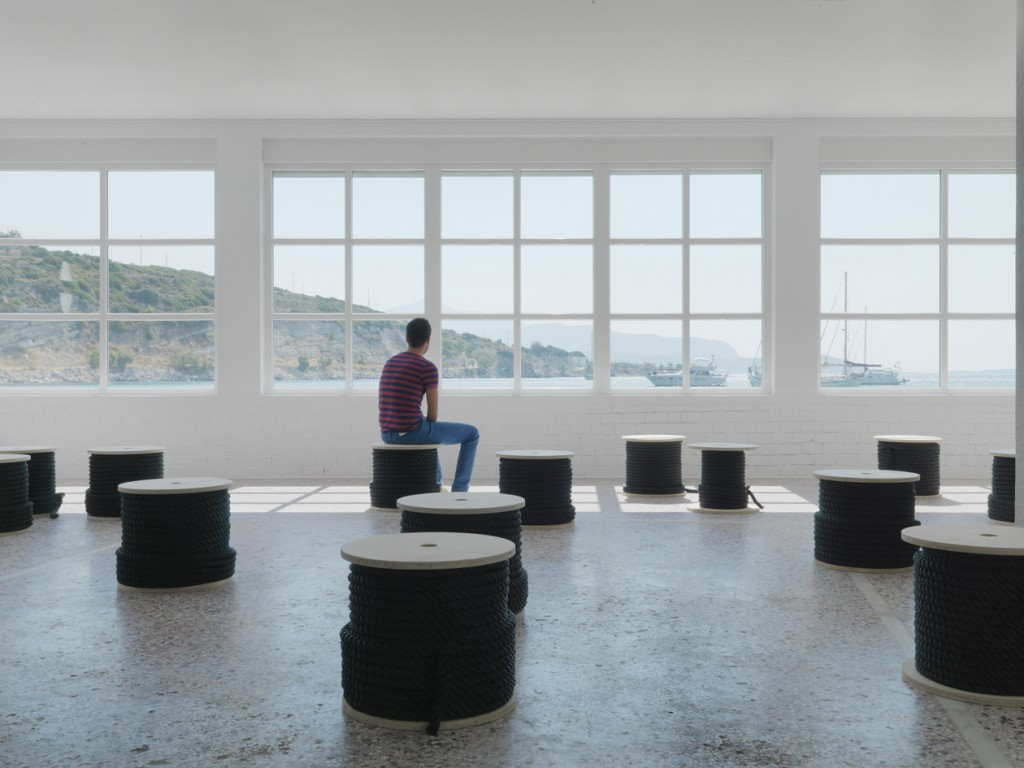 Beeline, 2014, installation view, 1430-m fishing rope, 15 wooden coils, photo by Stathis Mamalakis (2)